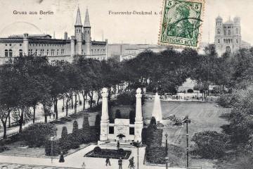 Ansichtskarte um 1900: Bethanien und Feuerwehrbrunnen.