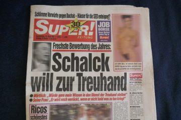 """""""Super"""" - Boulevard-Zeitung des Burda-Verlags für den Osten Deutschlands. Foto: Ulrich Horb"""